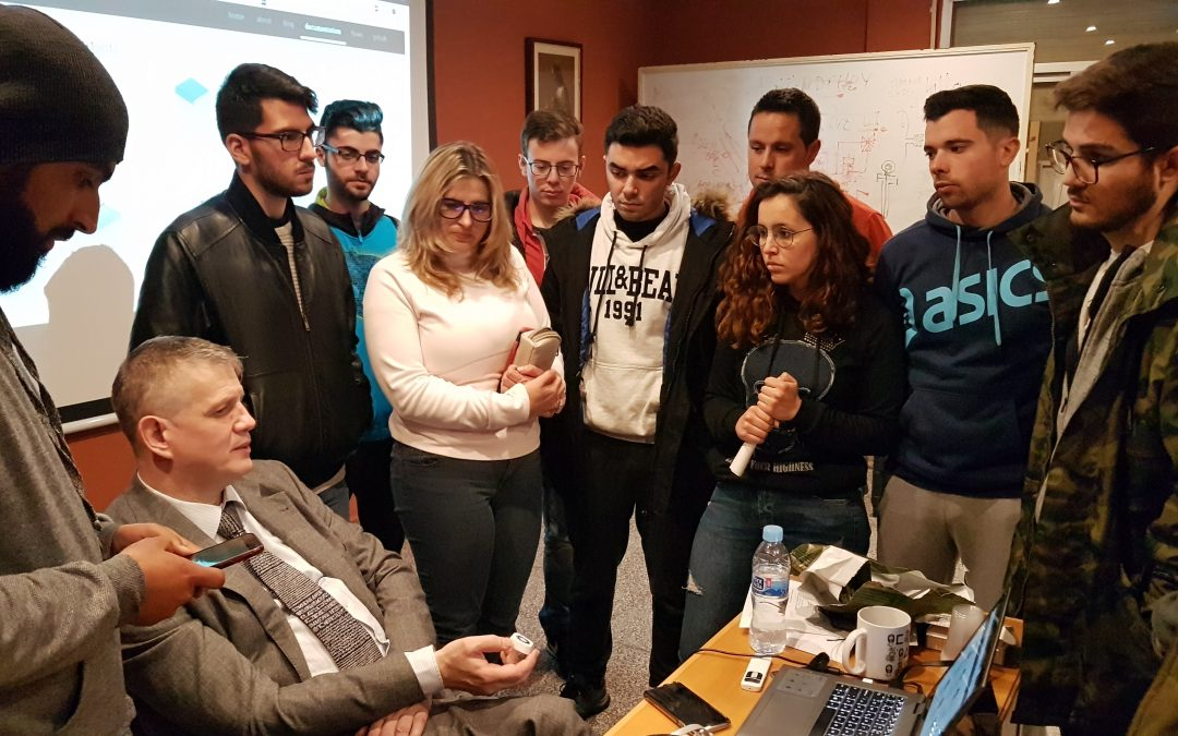 """SEMINARIO TÉCNICO """"Fog Computing vs Edge Computing"""" Sección de Estudiantes ISA San Juan Bosco Cartagena."""