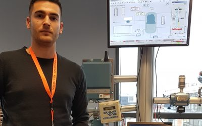 Un alumno de Automatización y Robótica Industrial becado para realizar módulos del Máster de Instrumentación y Control de Procesos de Repsol.