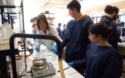 Salesianos Cartagena «Experimenta» en la Facultad de Química de la UMU