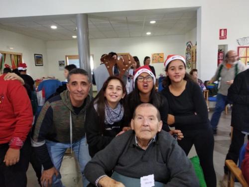 2018-18-12 VISITA AL CENTRO DE DIA.EDUCACIÓN PRIMARIA34c94020-7446-4ebb-8440-a101f7434b61