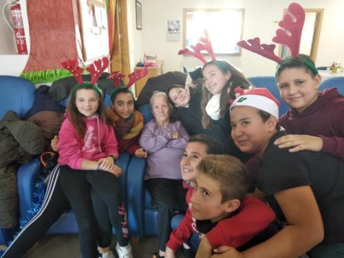 2018-18-12 VISITA AL CENTRO DE DIA.EDUCACIÓN PRIMARIAa9027010-1e95-40e7-bb6d-d67eb83ca79f